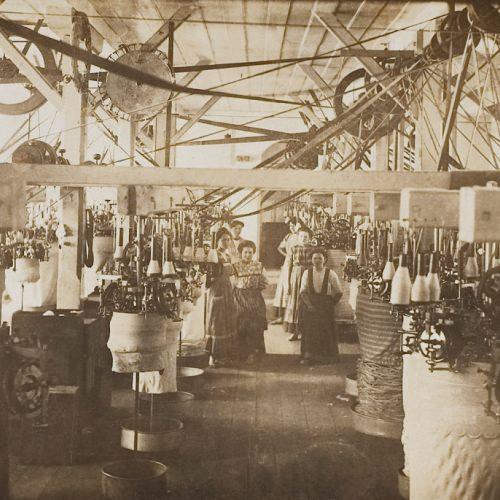 13-sala-dos-teares-hering-1920.jpg
