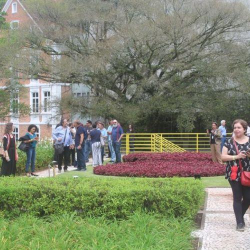 Jardim Suspenso de Roberto Burle Marx